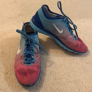 ⭐️NIKE⭐️ Free Run TR 3 | Size 7 | Blue/Pink